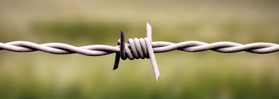 Barbed wire, razorwire the premier suppliers to UK and Europe